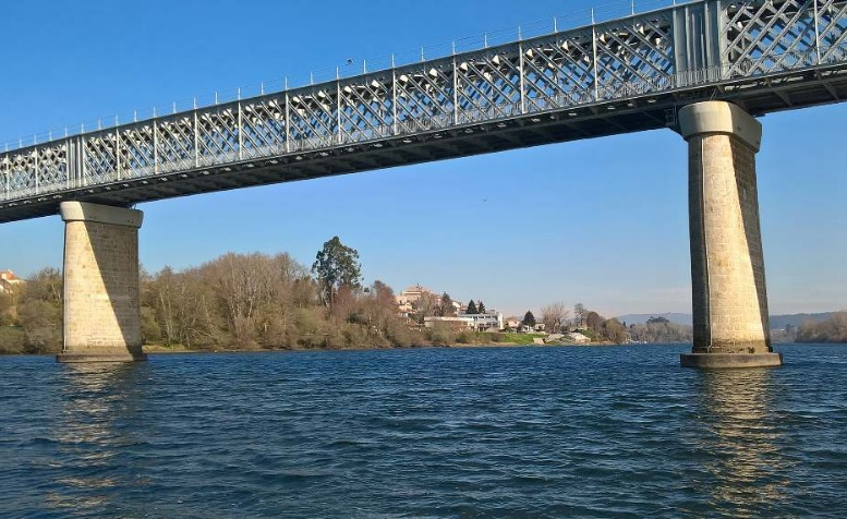 puente internacional Valença