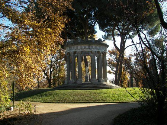 Templo de Baco El Capricho