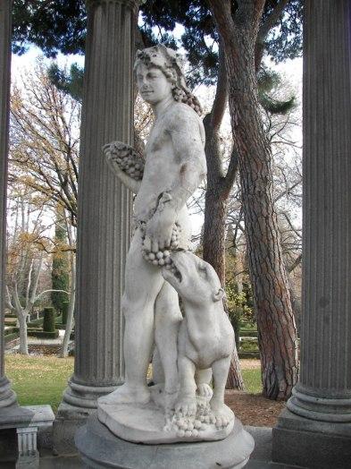 Estatua a Baco