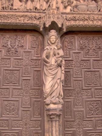 Virgen blanca León