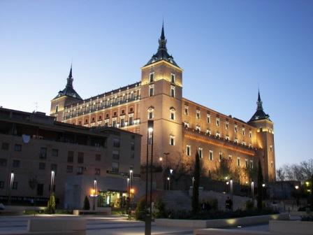 Alcazar de Toledo de noche