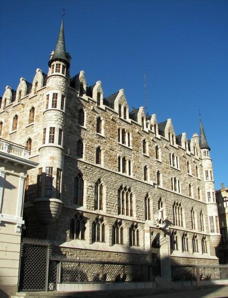 Casa Botines Gaudi