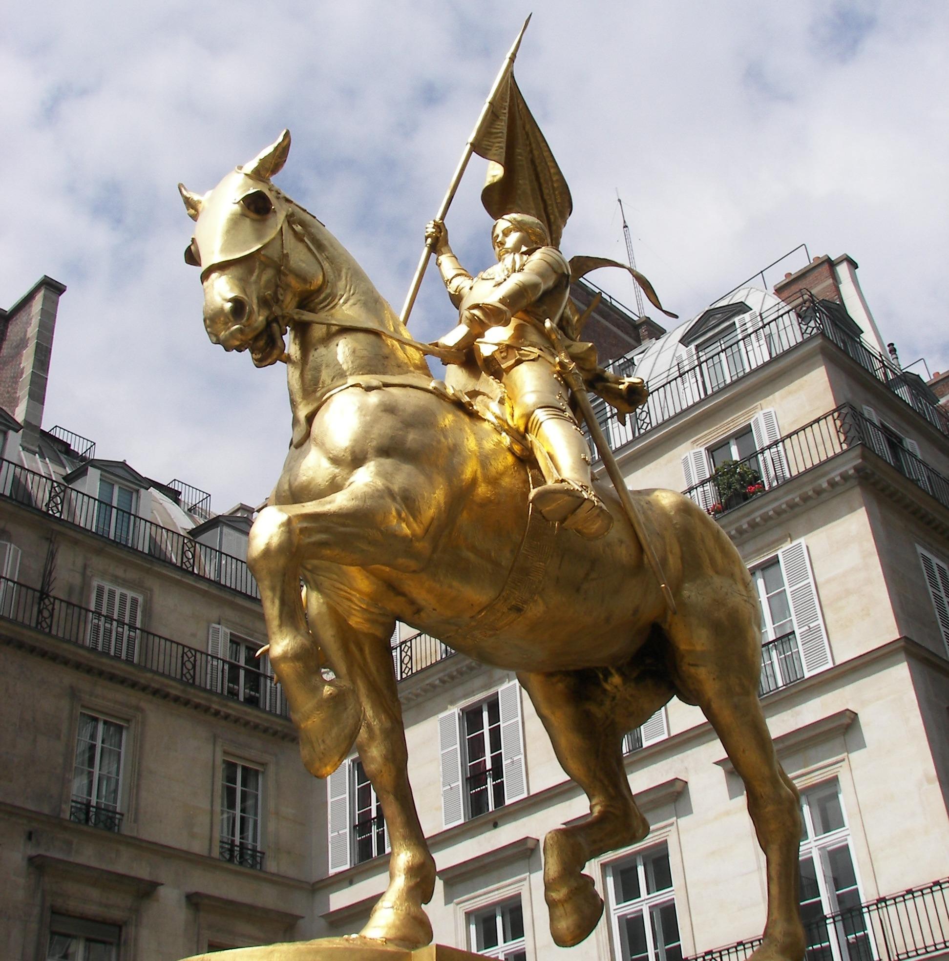 Juana de Arco estatua
