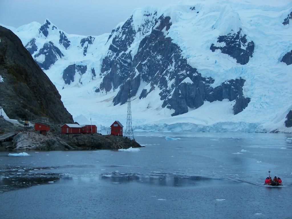 Almirante Brown Antártida
