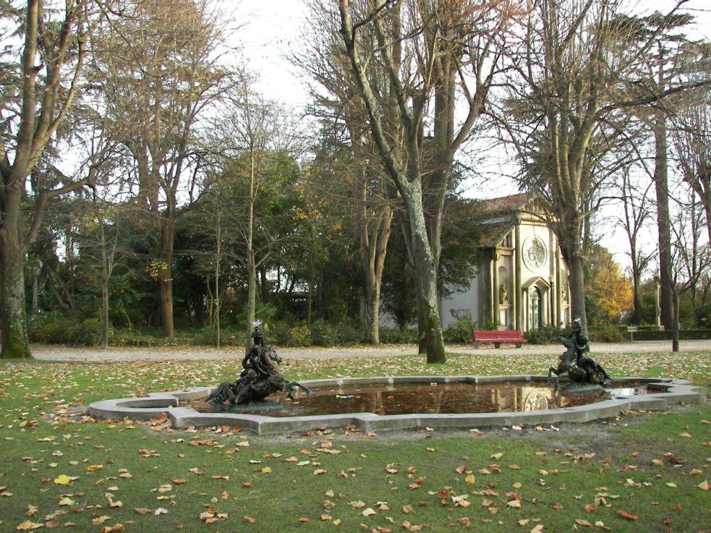 Palacio de cristal de oporto planeta tour for Jardines del palacio de cristal oporto