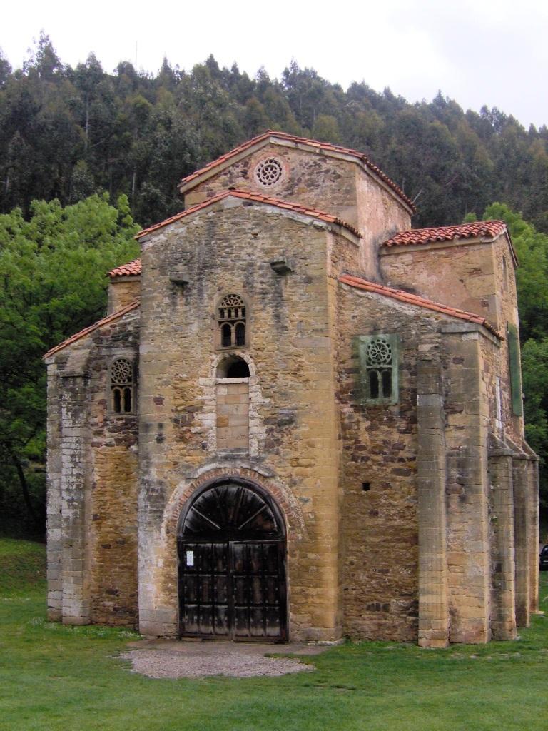 San Miguel de Lillo Naranco
