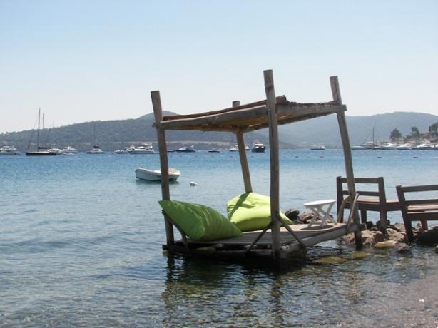 Göl Türkbükü