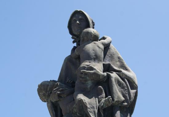 escultura cementerio
