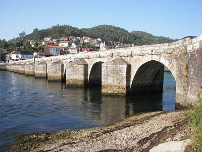 Puente medieval de Ponte Sampaio